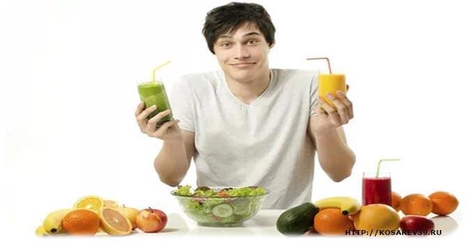 Мужчина на фруктовой диете